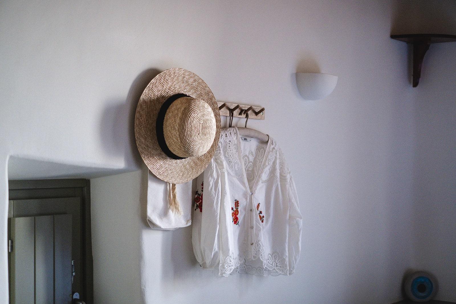 keli cottage serifos summer clothes