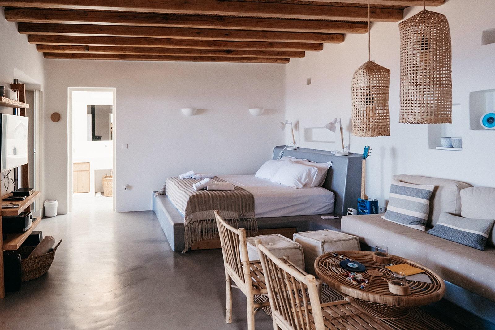 Mandri Cottage Serifos bedroom and sitting area