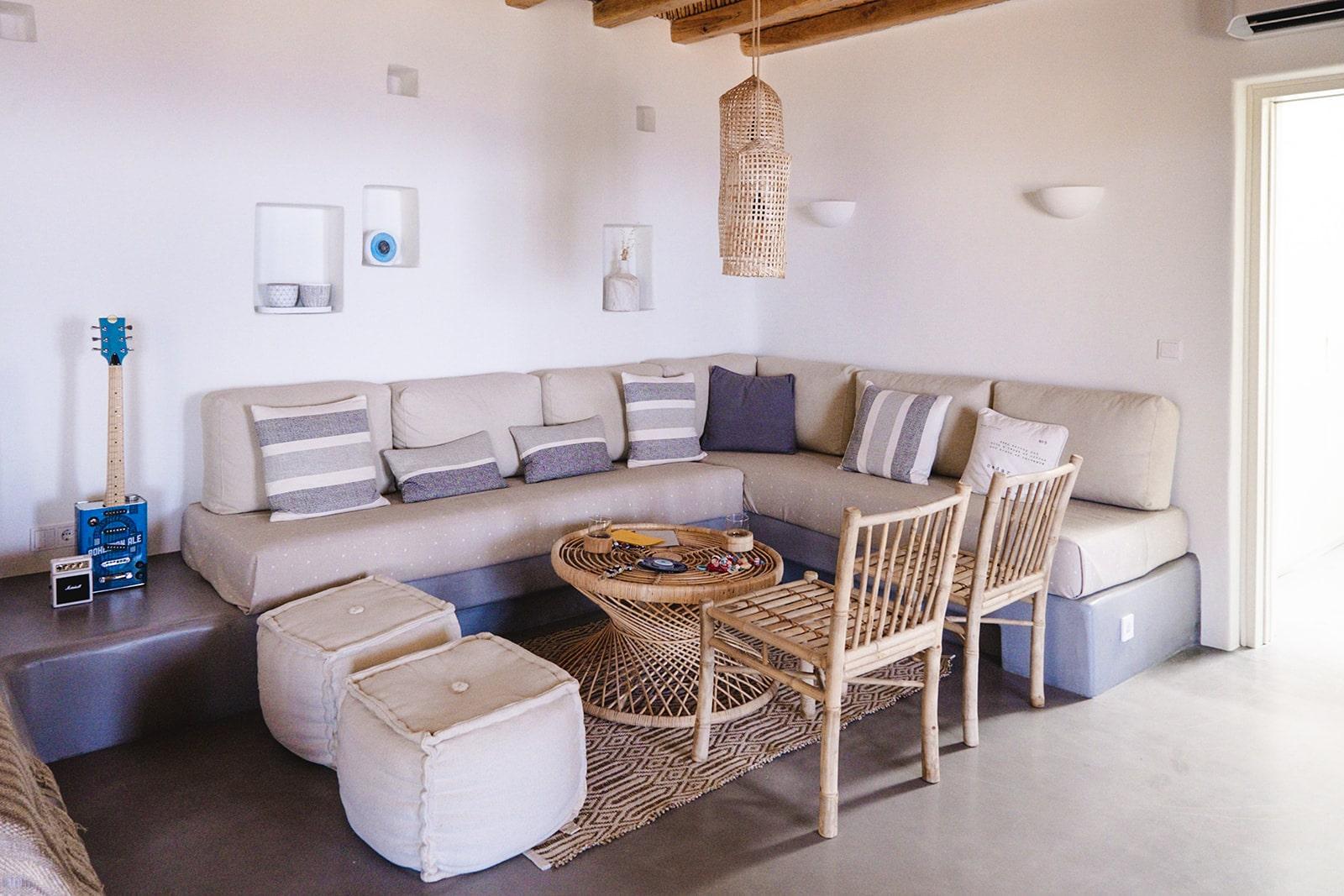 Mandri Cottage sitting area