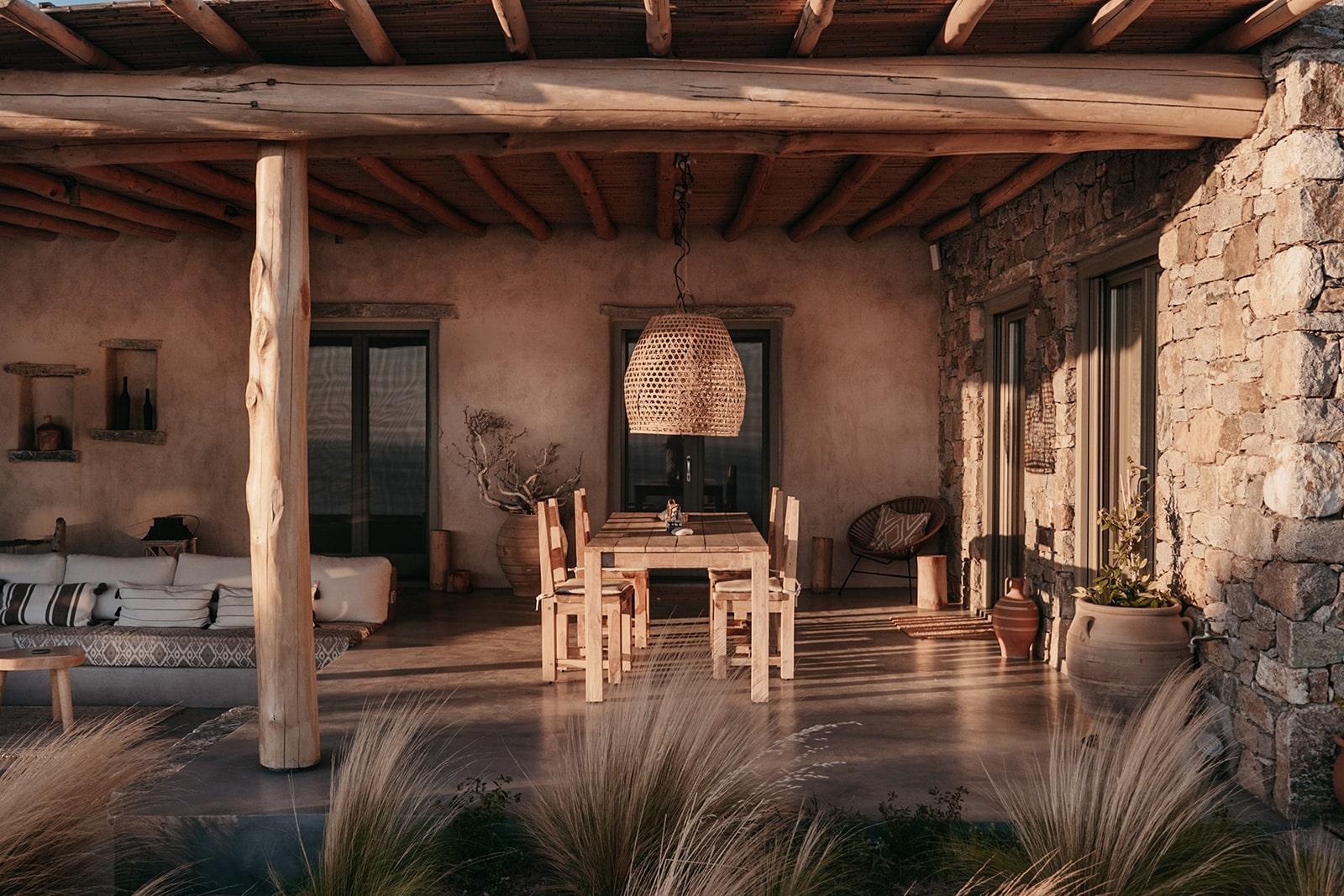 Mandri Cottage Serifos outdoor dining area